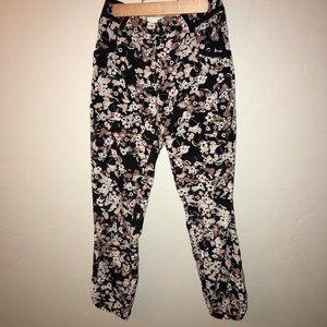 Anthro Cartonnier Black Floral Pants Size 0